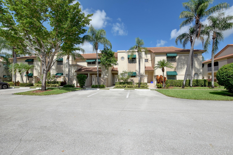 6614 Via Regina Boca Raton, FL 33433