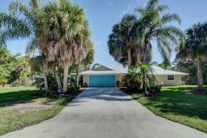 3927 SW Sailfish Drive, Palm City, FL 34990