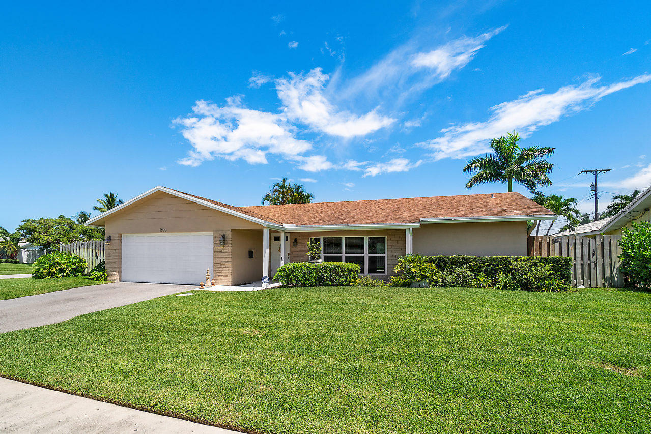 Home for sale in Boca Raton Square Boca Raton Florida
