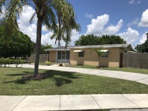 712 Royal Palm Beach Boulevard, Royal Palm Beach, FL 33411