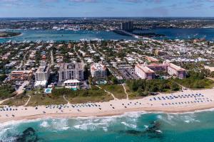 145 S Ocean Avenue, 219, Palm Beach Shores, FL 33404