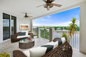 Expansive and very private main patio overlooking the Intracoastal