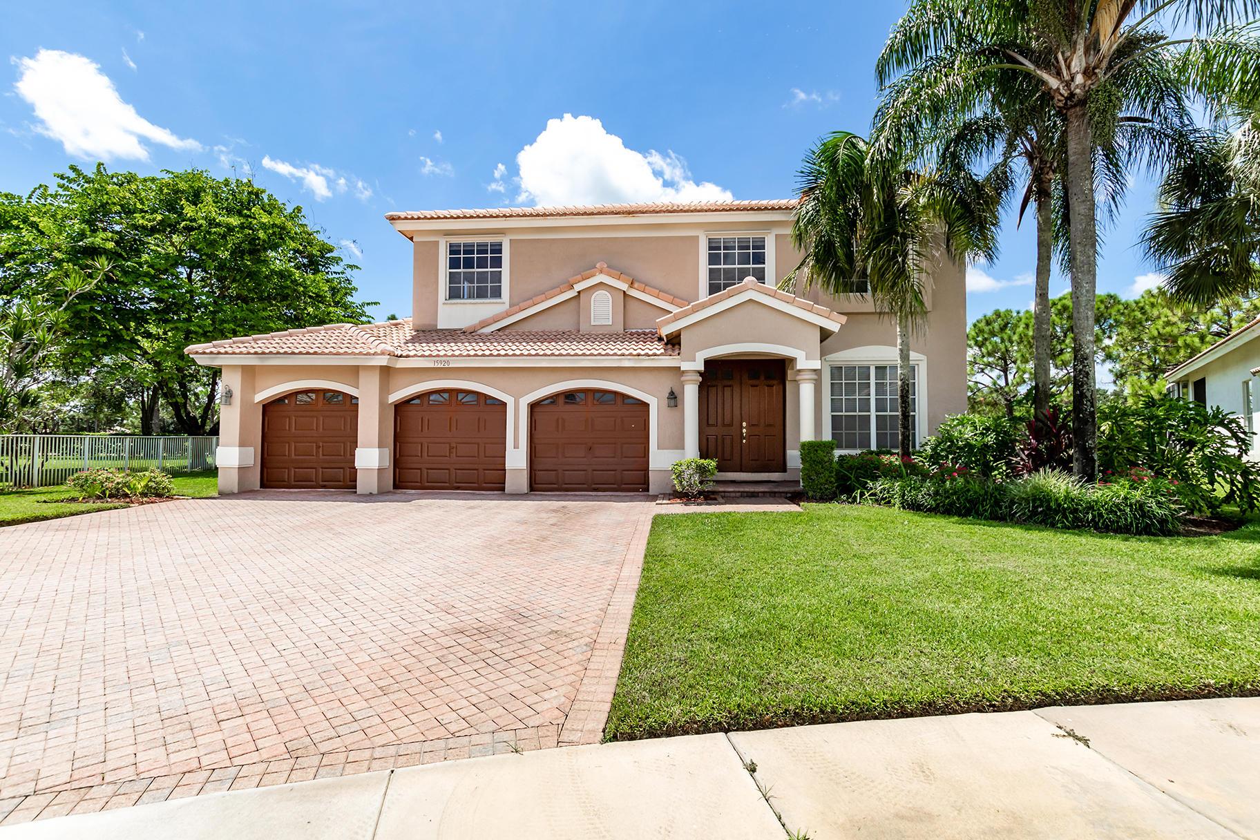 15920 Lisbon Court, Wellington, Florida 33414, 5 Bedrooms Bedrooms, ,3 BathroomsBathrooms,Single Family,For Sale,LAKEFIELD WEST,Lisbon,RX-10554585
