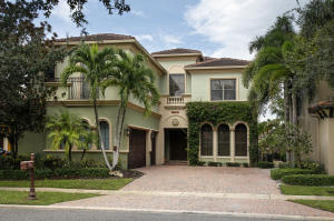 17760 Villa Club Way, Boca Raton, FL 33496