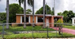 3185 Orange Street, Boynton Beach, FL 33435