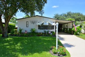 7884 SE Saratoga Drive, Hobe Sound, FL 33455