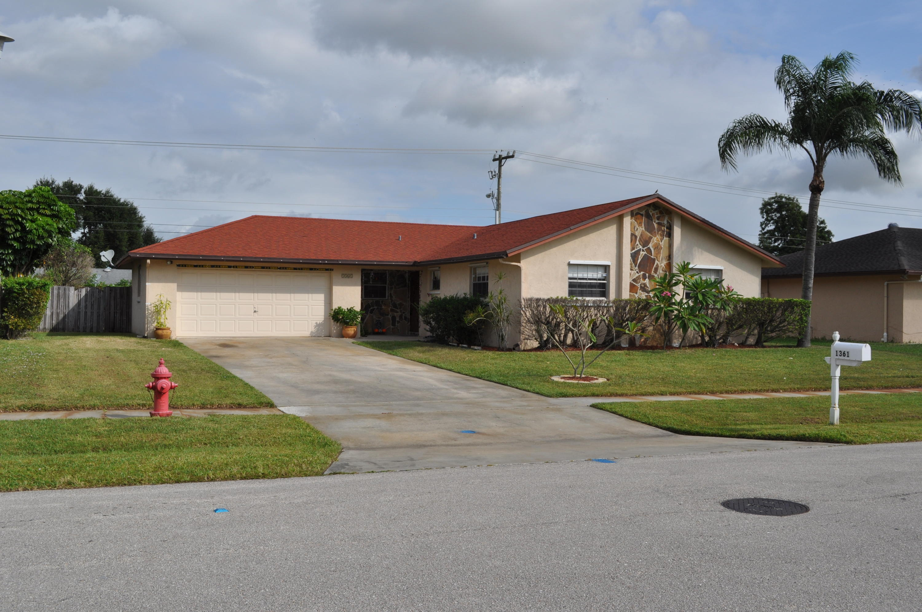 1361 Wyndcliff Drive, Wellington, Florida 33414, 3 Bedrooms Bedrooms, ,2 BathroomsBathrooms,Single Family,For Rent,Wyndcliff,1,RX-10555374