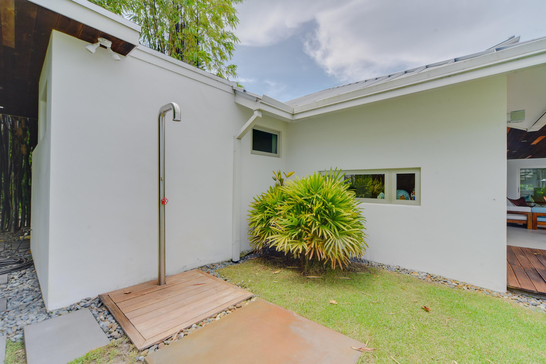 15720 Weatherly Road Wellington, FL 33414