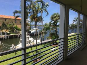 105 Paradise Harbour Boulevard, 209, North Palm Beach, FL 33408