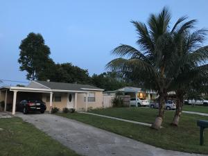 3234 Ocean Parkway, Boynton Beach, FL 33435
