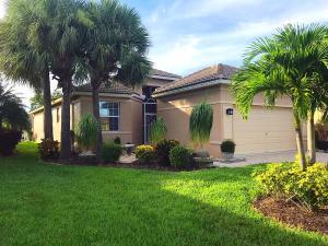 634 NW Stanford Lane, Port Saint Lucie, FL 34983