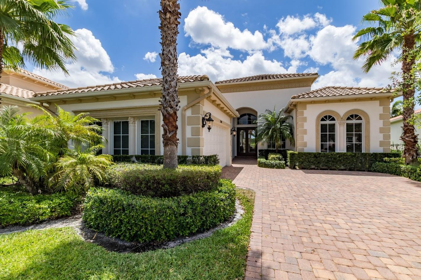 Wellington, Florida 33414, 4 Bedrooms Bedrooms, ,3 BathroomsBathrooms,Rental,For Rent,Sunnydale,RX-10556165