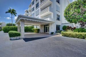 2840 S Ocean Boulevard, 217, Palm Beach, FL 33480