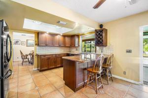 659 Whippoorwill Terrace, West Palm Beach, FL 33411