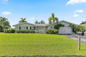 200 SW 13th Avenue, Boynton Beach, FL 33435