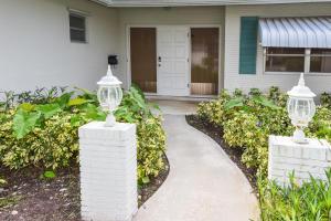 250 SW 9th Avenue, Boca Raton, FL 33486
