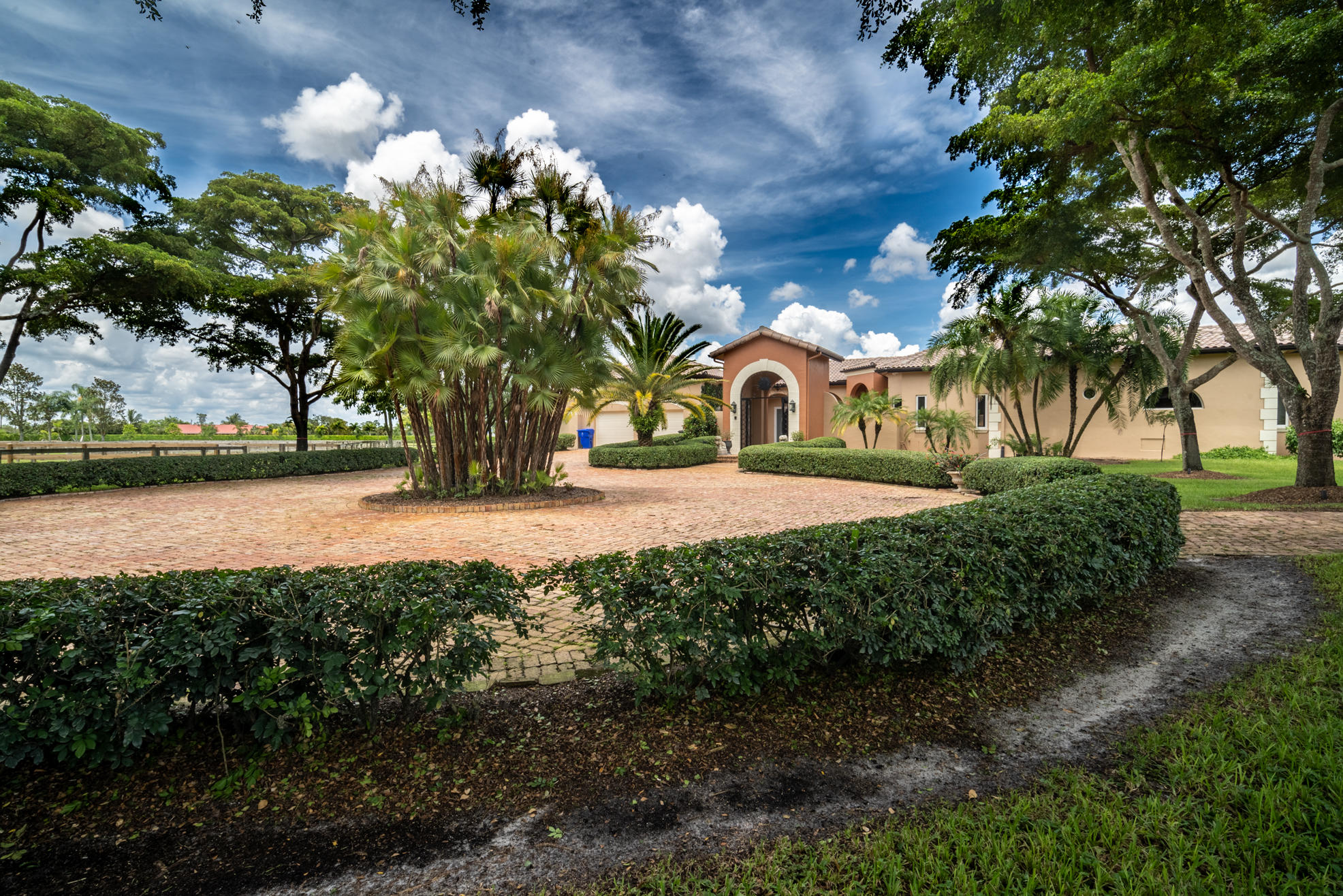 Wellington, Florida 33414, 7 Bedrooms Bedrooms, ,5 BathroomsBathrooms,Rental,For Rent,57th,RX-10556697