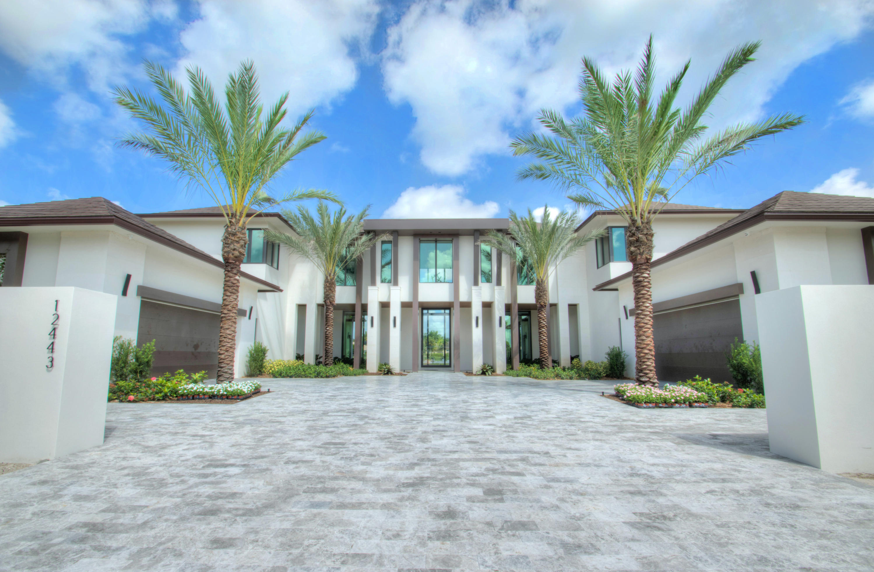 Wellington, Florida 33414, 5 Bedrooms Bedrooms, ,7 BathroomsBathrooms,Residential,For Sale,Cypress Island,RX-10504849