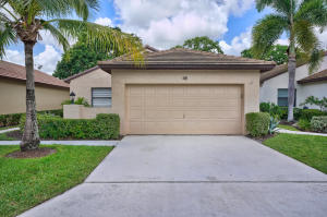 48 Ironwood Way, Palm Beach Gardens, FL 33418