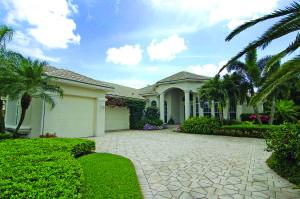 124 Pembroke Drive, Palm Beach Gardens, FL 33418