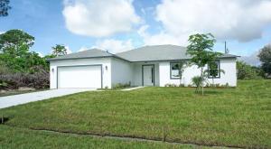 386 SW South Quick Circle, Port Saint Lucie, FL 34953