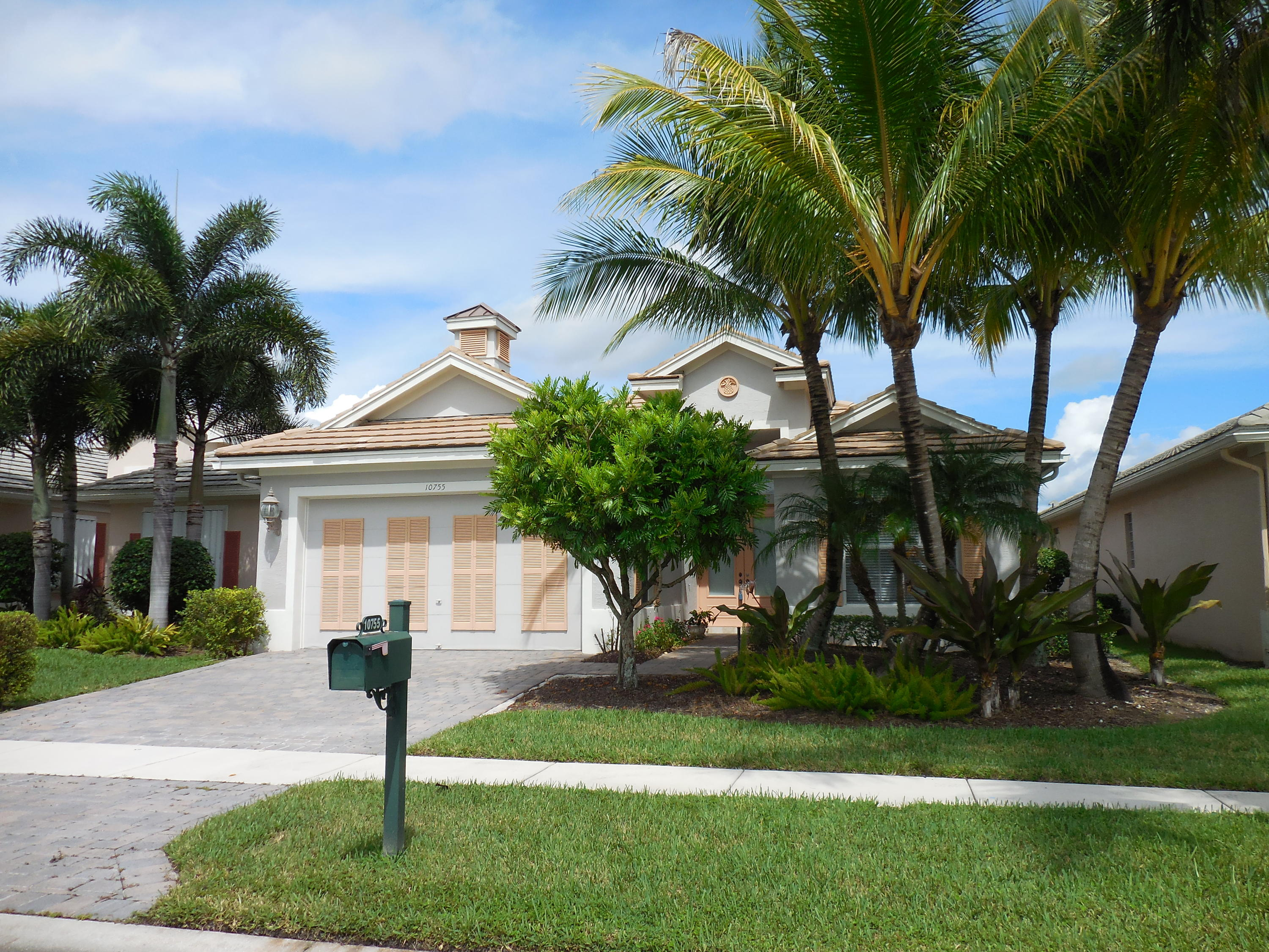 10755 La Strada, West Palm Beach, FL 33412