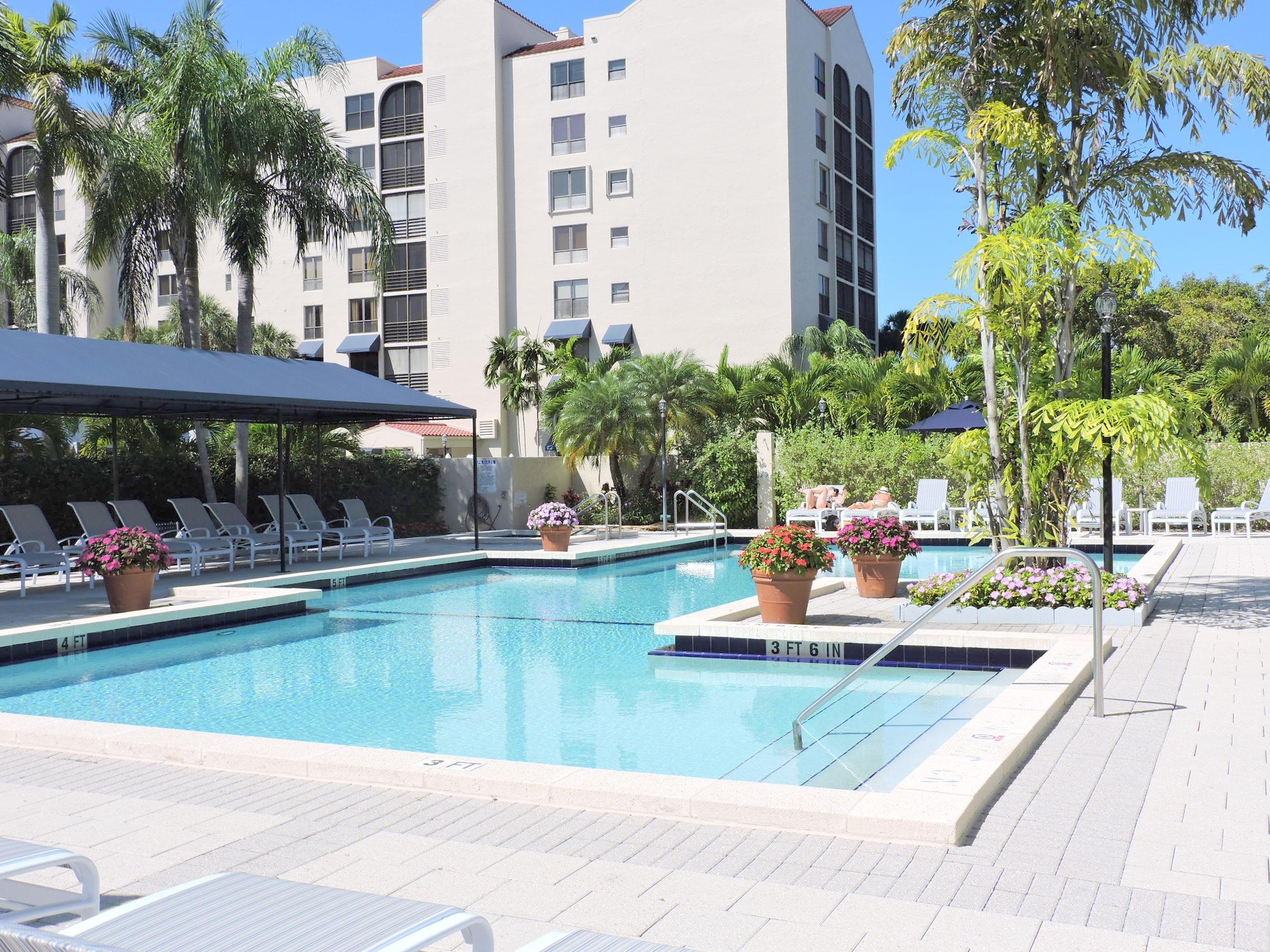 7564 Regency Lake Drive #301 Boca Raton, FL 33433