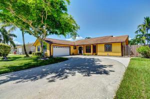 5357 Sandhurst Circle N, Lake Worth, FL 33463