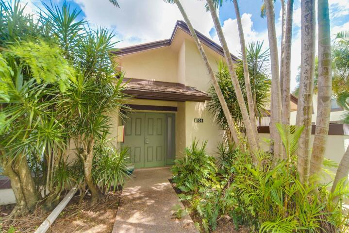 11397 Pond View Drive, Wellington, Florida 33414, 3 Bedrooms Bedrooms, ,3 BathroomsBathrooms,Condo/Coop,For Sale,Golf Cottage at the Polo Club,Pond View,1,RX-10563485