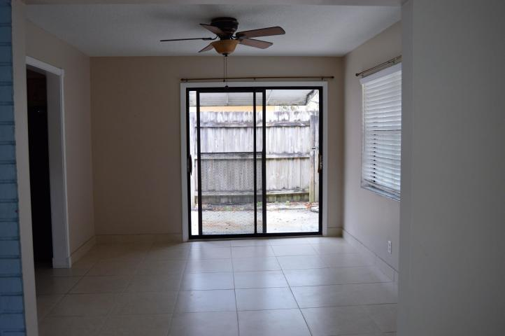 Image 7 For 2091 Palm Circle N