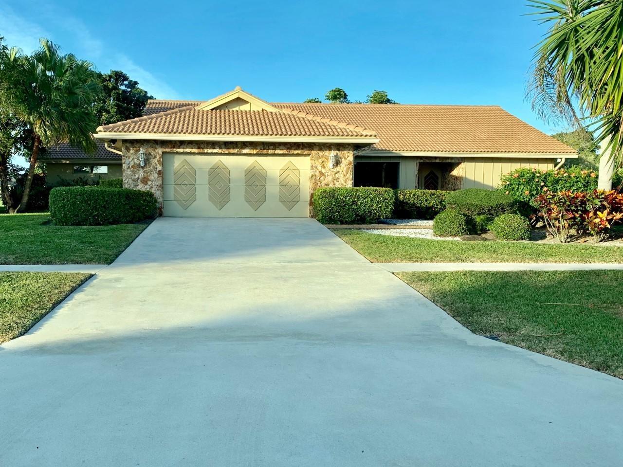 5335 Piping Rock Drive  Boynton Beach FL 33437