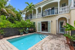 605 Avenue H, Delray Beach, FL 33483