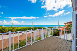 511 Saturn Ln, Juno Beach, FL 33408