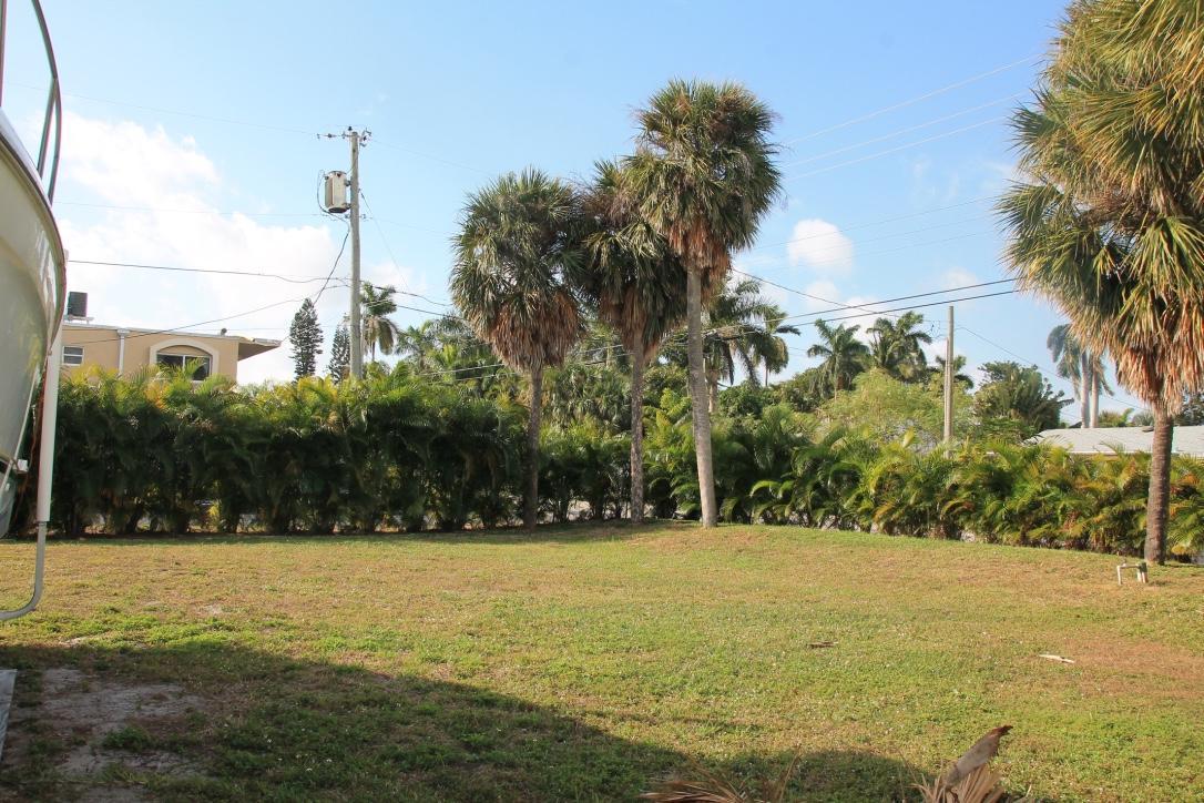 7 Lakeside Palms Court, Lake Worth, Florida 33460, ,Land,For Sale,Lakeside Palms,RX-10560488