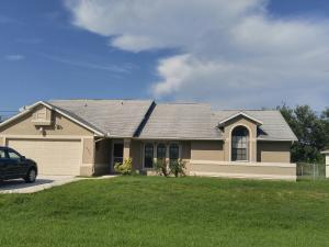 538 SW Quick Circle, Port Saint Lucie, FL 34953