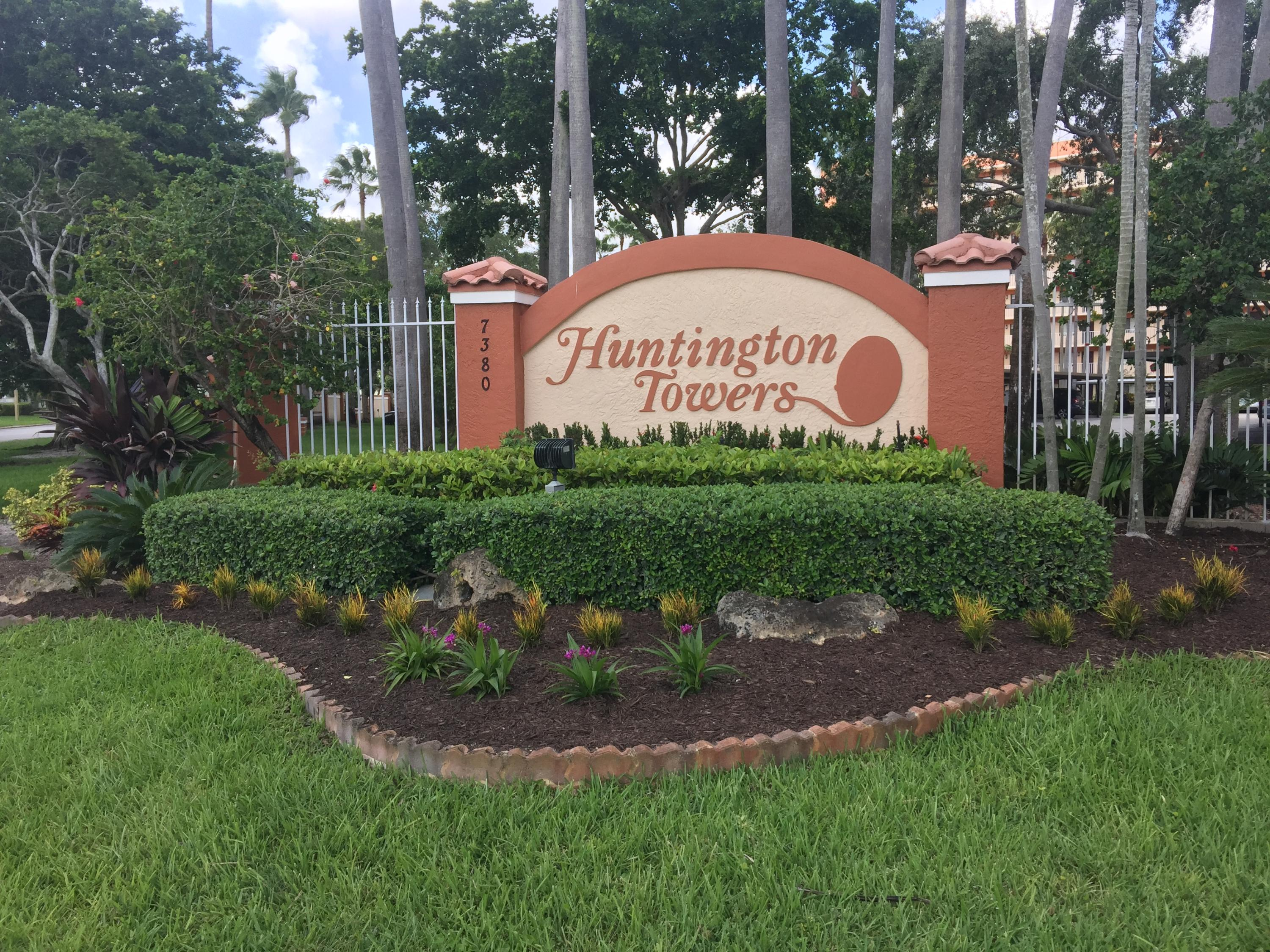 Home for sale in HUNTINGTON TOWERS CONDO Delray Beach Florida