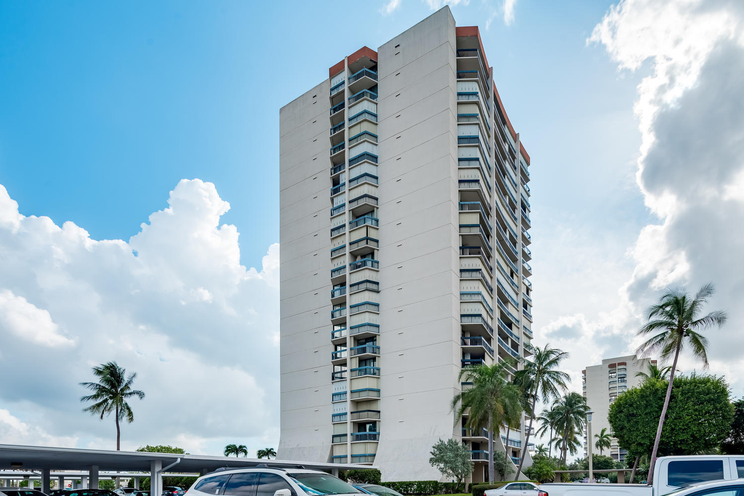 2400 Presidential Way 401, West Palm Beach, FL 33401
