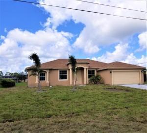 559 SW N Quick Circle, Port Saint Lucie, FL 34953