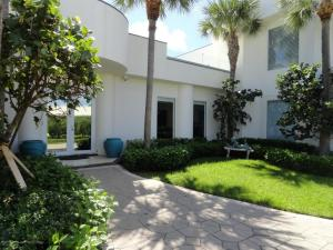 1742 S Ocean Boulevard, Palm Beach, FL 33480
