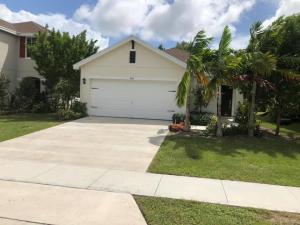 4964 Haverhill Pointe Drive, Haverhill, FL 33415