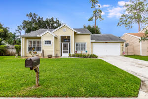 1038 Aviary Road, Wellington, FL 33414