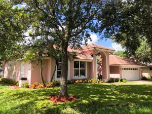 2 Old Fence Road, Palm Beach Gardens, FL 33418