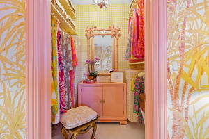 37 Closet 3