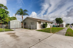 3400 Avenue O, Riviera Beach, FL 33404