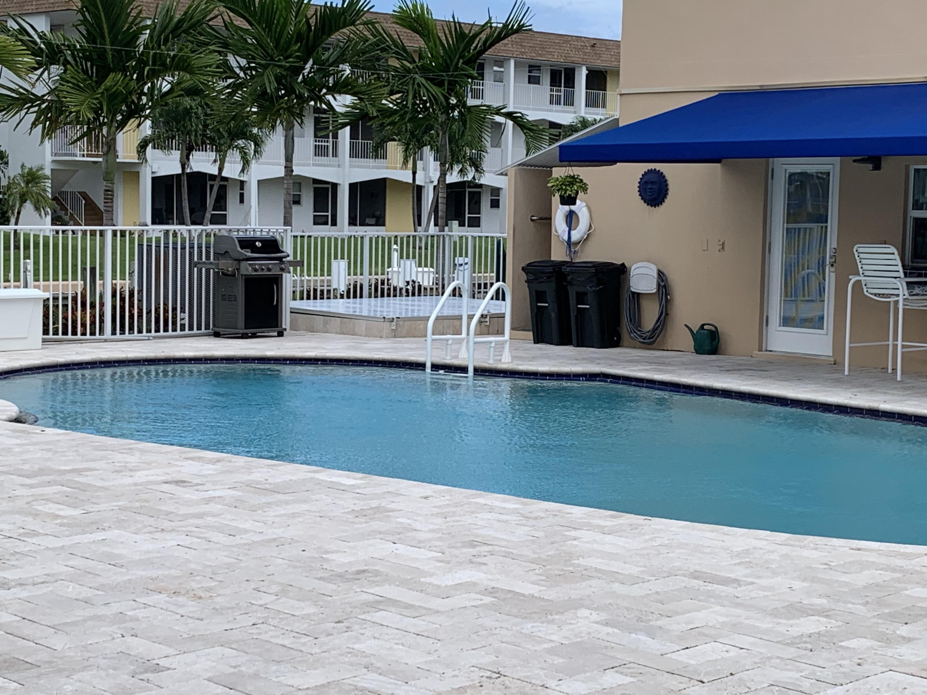 131 Doolen Court 206, North Palm Beach, FL 33408
