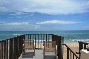 3610 S Ocean Boulevard, 606, Palm Beach, FL 33480