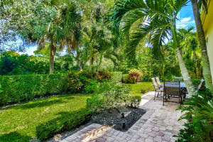 A courtyard home with a LARGE back yard too! And direct views of the Golf Course