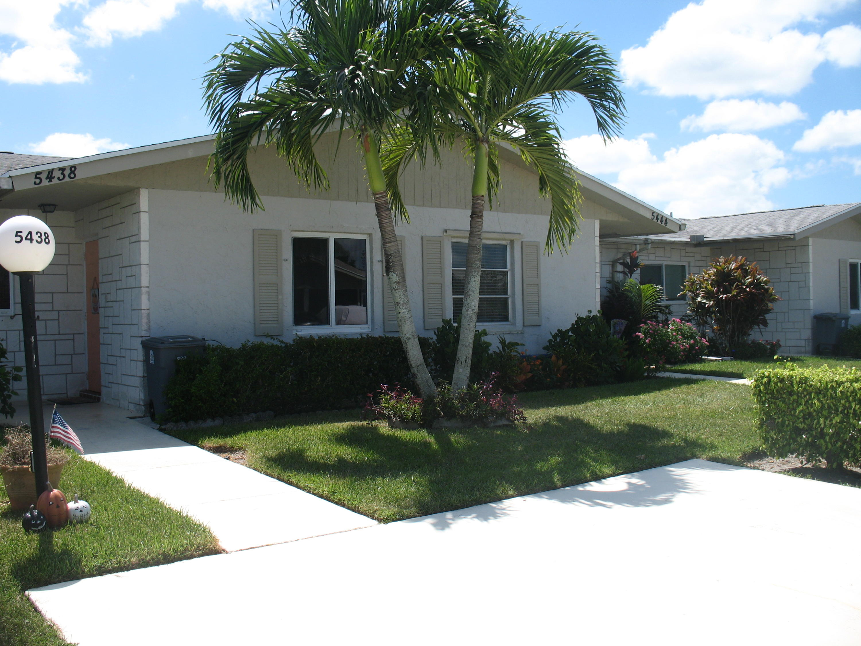 5438 Janice Lane, West Palm Beach, FL 33417