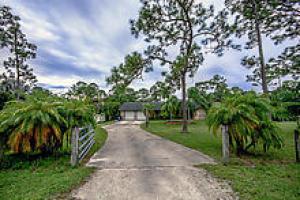 13576 46th Court N, West Palm Beach, FL 33411