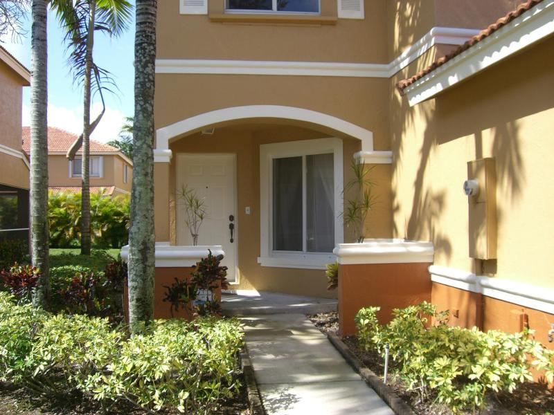 6108 Eaton Street, West Palm Beach, FL 33411